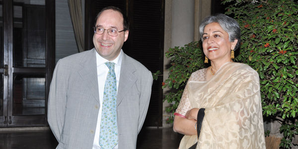 Eng. Matteo Volpe and arch. Brinda Somaya during the corporate event at the Italian Embassy in New Delhi (India)